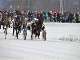 Zirgu skriešanās sacīkstes pie Sartai ezera?v=1516116644